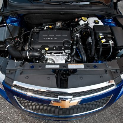 2012-chevrolet-cruze-2LT-engine